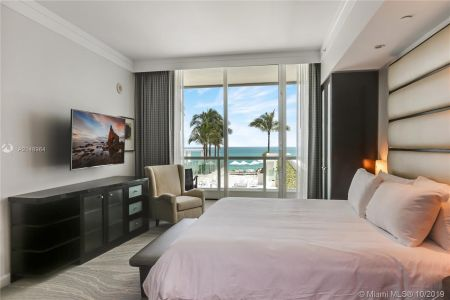 4391 COLLINS AVE #623 photo010