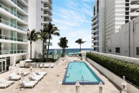 4391 COLLINS AVE #623 photo016