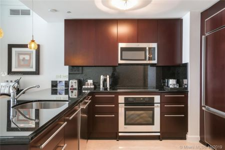4391 COLLINS AVE #623 photo07