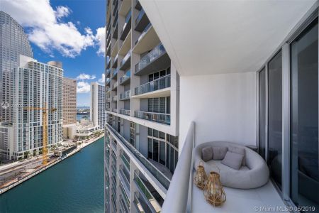 475 BRICKELL AVE #2310 photo03