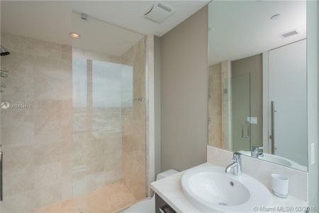 17121 Collins Ave #4308 photo012