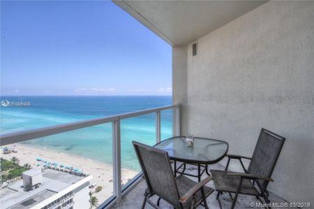 La Perla #2305 - 16699 Collins Ave #2305, Sunny Isles Beach, FL 33160