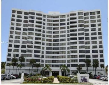 Alexander Towers #403 - 3505 S Ocean Dr #403, Hollywood, FL 33019