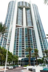 18201 Collins Ave #901A photo033
