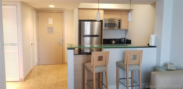 18683 Collins Ave #1205 photo02