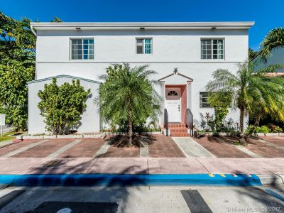 843 Espanola Way photo01