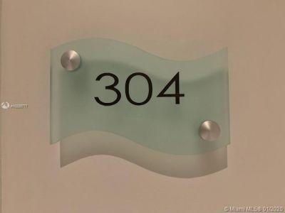 3250 NE 188th St #304 photo03