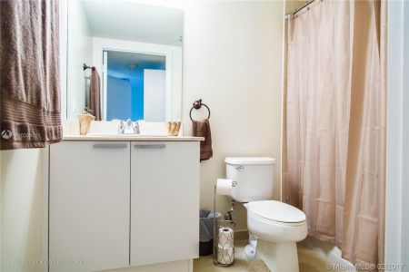 16699 Collins Ave #3106 photo022