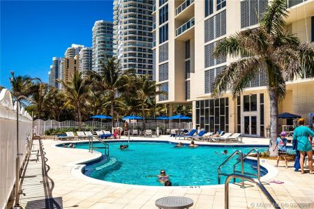 16699 Collins Ave #3106 photo06