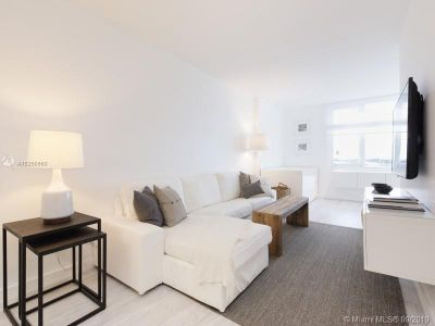 2301 Collins Ave #428 photo07