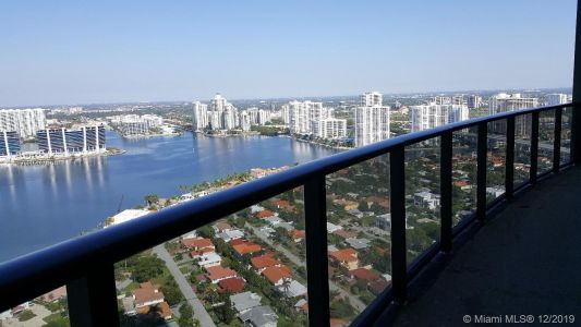 18555 Collins Ave #3503 photo013