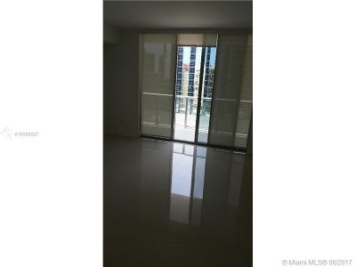 1300 Brickell Bay Dr #2400 photo03