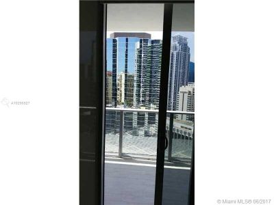 1300 Brickell Bay Dr #2400 photo08