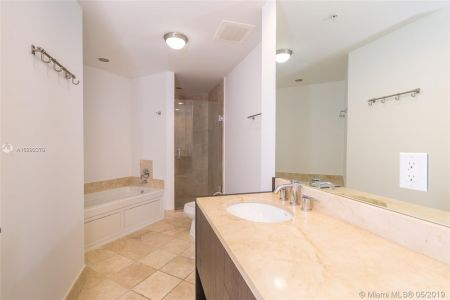 18201 Collins Ave #501A Owner Fin. photo013