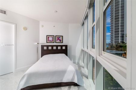 18201 Collins Ave #501A Owner Fin. photo07