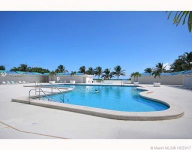 5255 Collins Ave #1A photo012