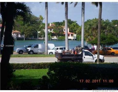 5255 Collins Ave #1A photo07