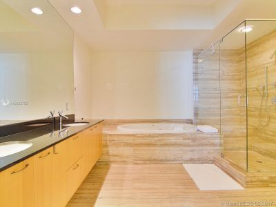 15811 Collins Ave #2103 photo010
