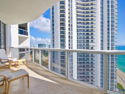 15811 Collins Ave #2103 photo013