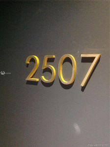 55 SW 9 #2507 photo04