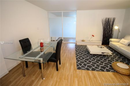2301 Collins Ave #536 photo014