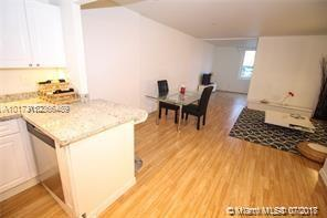 2301 Collins Ave #536 photo021