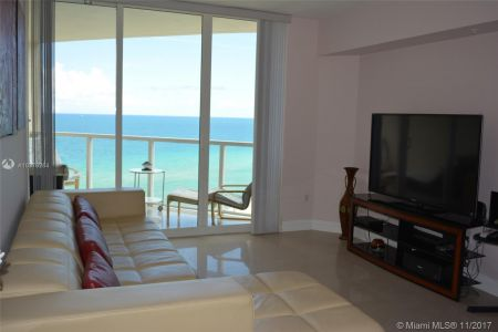 16699 Collins Ave #1410 photo010
