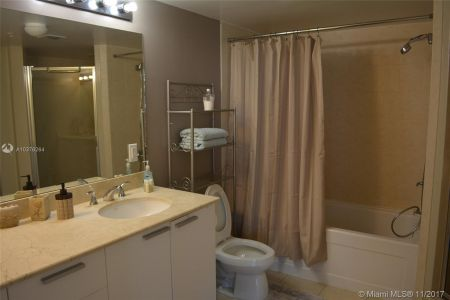 16699 Collins Ave #1410 photo04