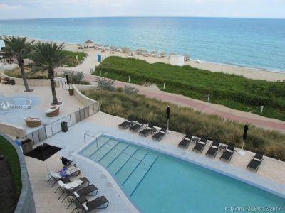 Carillon Hotel Tower #309 - 6801 Collins Ave #309, Miami Beach, FL 33141