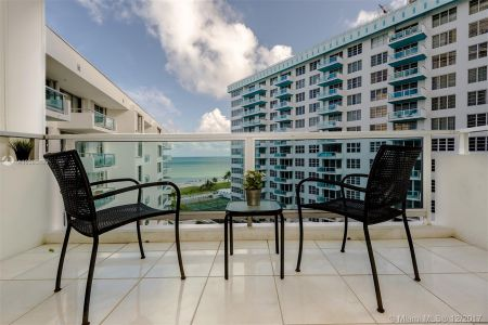 5151 Collins Ave #926 photo027