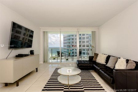 5151 Collins Ave #926 photo05