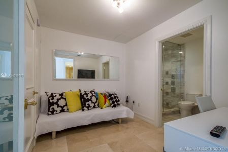 10225 Collins Ave #1704 photo036
