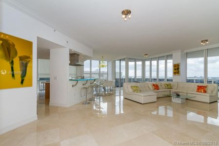 10225 Collins Ave #1704 photo04