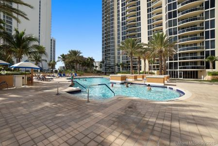 17555 Collins Ave #601 photo024