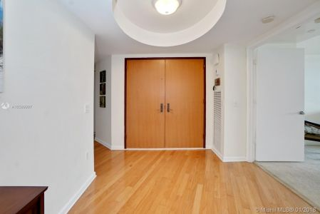 17555 Collins Ave #601 photo03