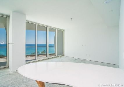 16901 Collins Ave #602 photo015