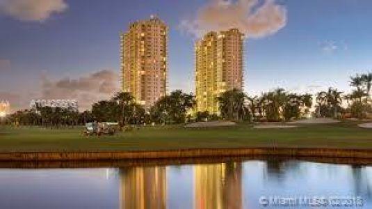 Duo Hallandale West #302W - 1745 E Hallandale Beach Blvd #302W, Hallandale Beach, FL 33009