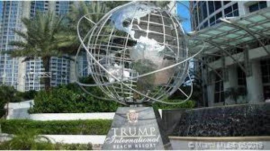 Trump International #2710 - 06 - photo