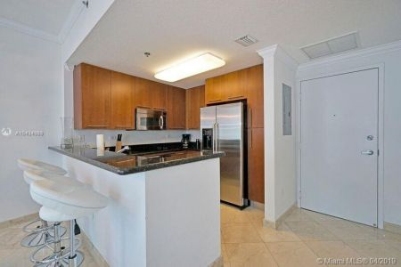 6515 Collins Ave #901 photo09