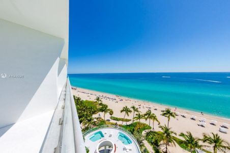 16901 COLLINS AVE #904 photo043