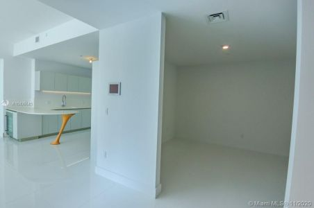 16901 COLLINS AVE #904 photo07