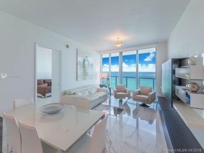 17001 Collins Ave #807 photo04