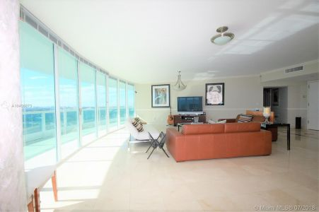 2127 Brickell Ave #1702 photo021