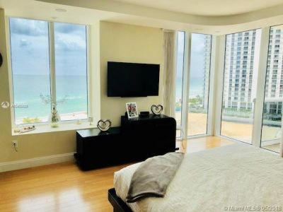 18911 Collins Ave #1005 photo07