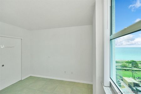 9201 Collins Ave #822 photo017