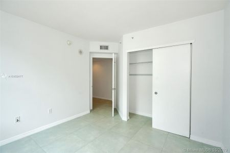 9201 Collins Ave #822 photo018