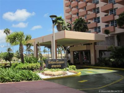2899 Collins Ave #604 photo016
