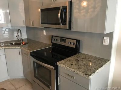 5601 Collins Ave #1707 photo06