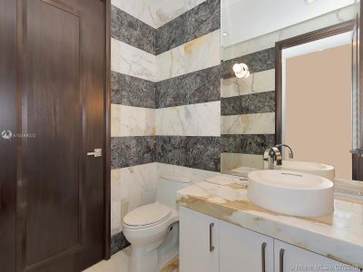 17749 Collins Ave #1101 photo028