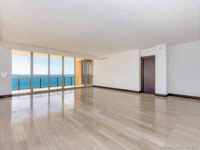 17749 Collins Ave #1101 photo03